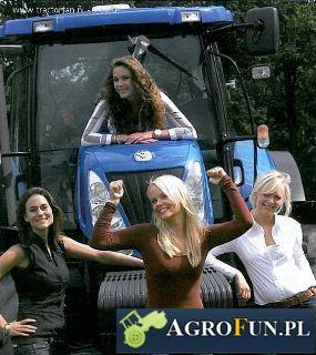 Dziewczyny na ciągniku